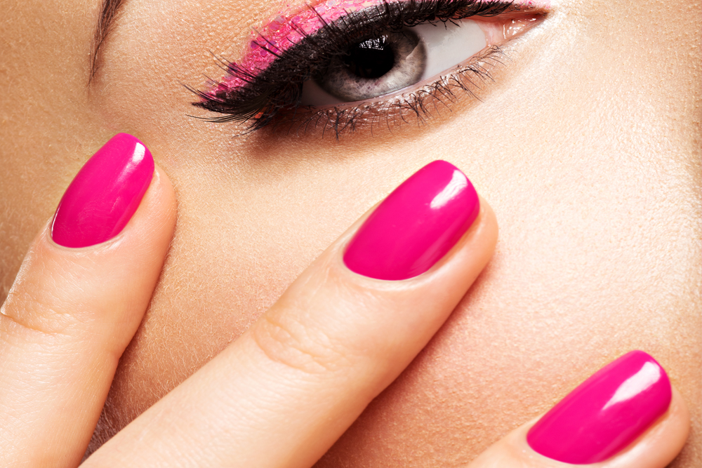 Sns Nails Dip Vs Shellac Lady Luxe Life Lifestyle